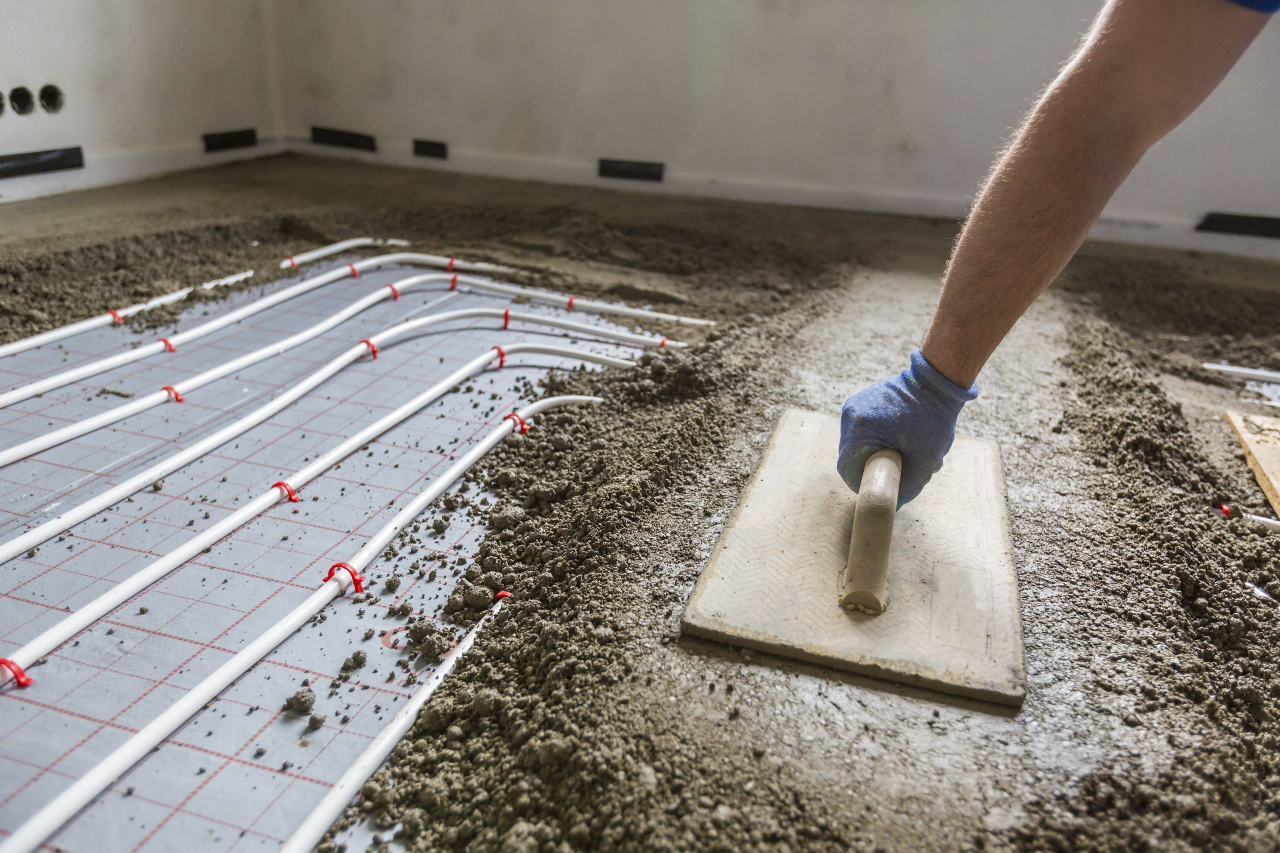 fast-drying-screed-London-traditional-screed-London